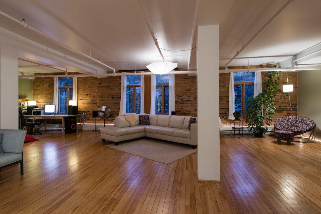 Loft-Studio-Bachelor-meuble-a-louer-dans-la-Ville-de-Quebec-a-385-rue-de-la-Chapelle-Photo-1-TrouveUnAppart-L28114