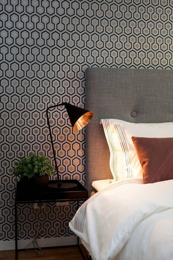 L'Hexagone envahit la décoration de cette chambre