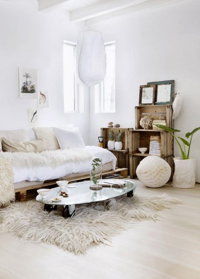 Séjour blanc à la décoration scandinave