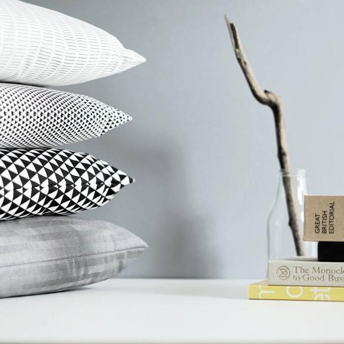 Coussins graphiques scandinave noir et blanc