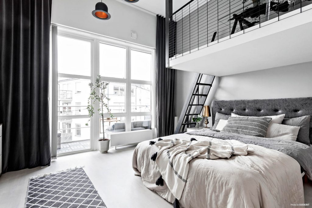 entre terre et ciel la mezzanine dans la d co. Black Bedroom Furniture Sets. Home Design Ideas