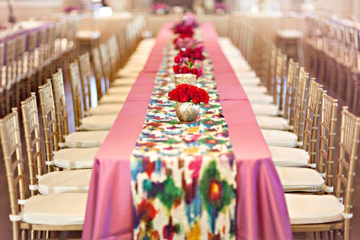 Le Ikat une technique de teinture et de tissage qui donne naissance à un dessin aux mille et une couleur et aux motifs extraordinaires !