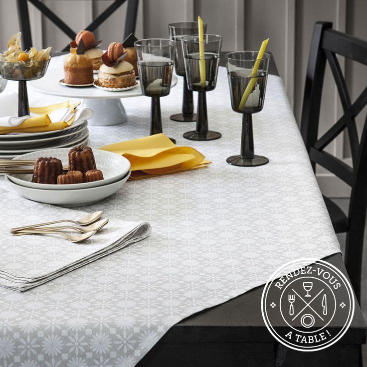 Art de la table, nappe graphique - Aventure Déco