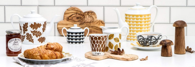 Du bois en accessoire déco dans votre cuisine : planche à découper, dessous de verre, salières...