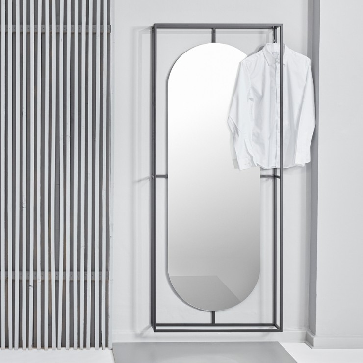 Outline Mirror - Kristina Dam