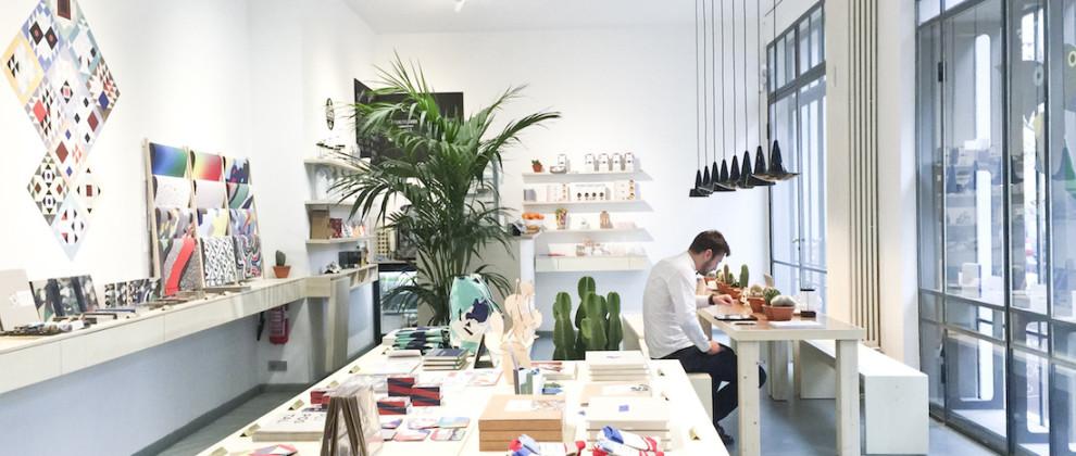 Papier Tigre, une des boutiques de notre parcours Aventure Déco Tour, a ouvert à fêter ses 2 ans en octobre dernier et pour l'occasion, la marque a décidé d'ouvrir un nouvel espace à Berlin..