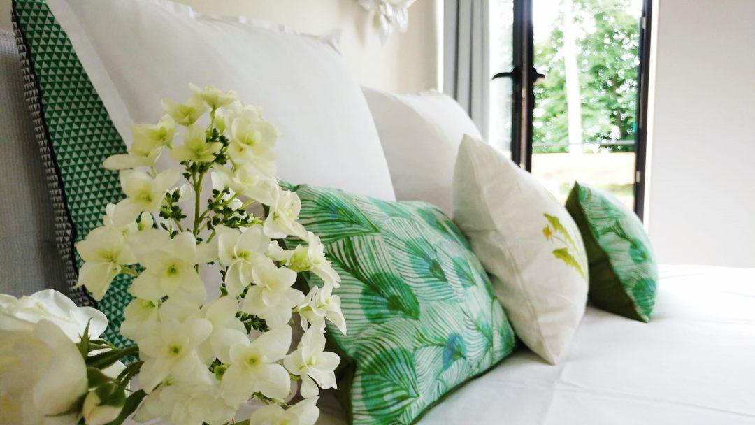 decoration-fleur-coussins-vert-vintage
