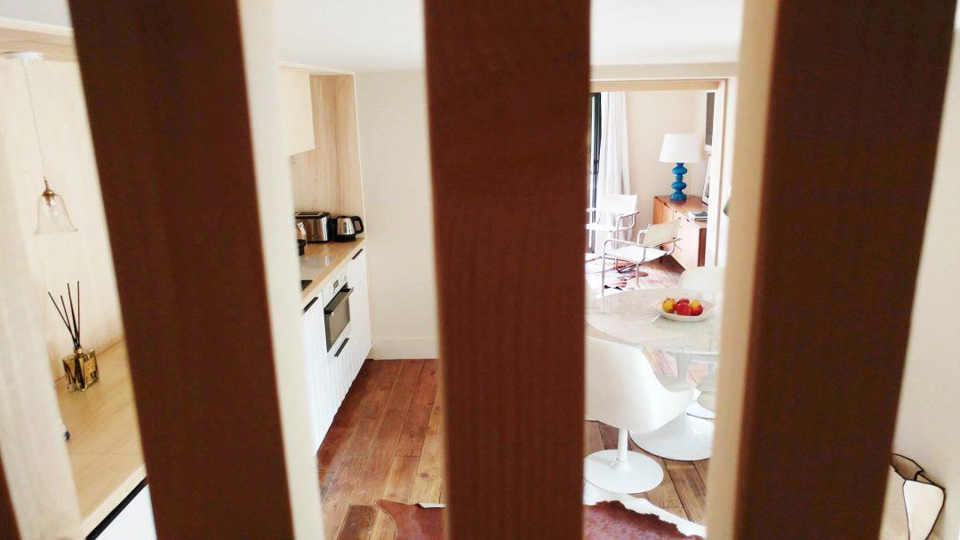 escalier-decoration-scandinave-vintage-adresse-deco