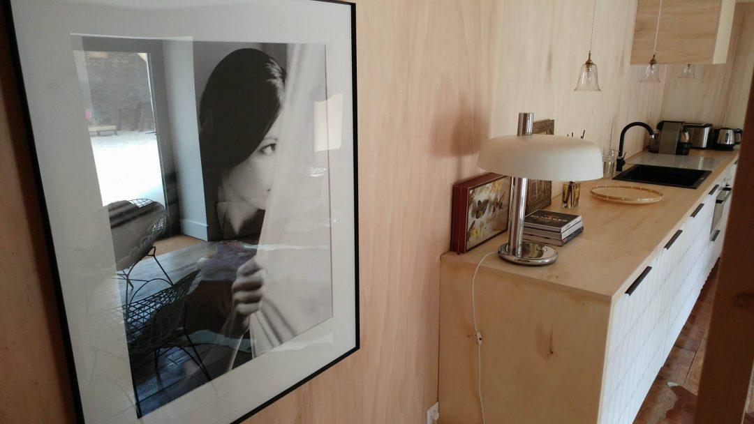 tableau-vintage-cuisine-ouverte-bois-scandinave