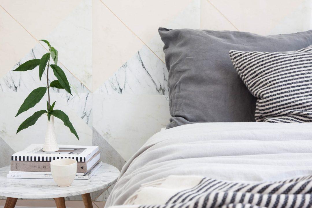 papier-peint-marbre-nude-lilesadi-design-aventuredeco