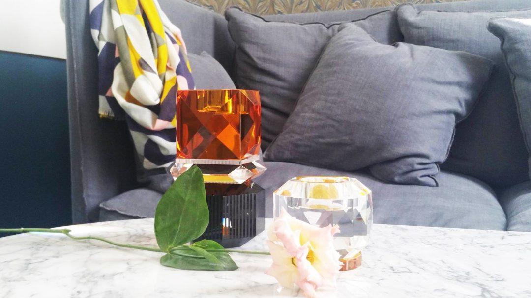vase-cristal-orange-noir-reflexions-hotel-panache-paris