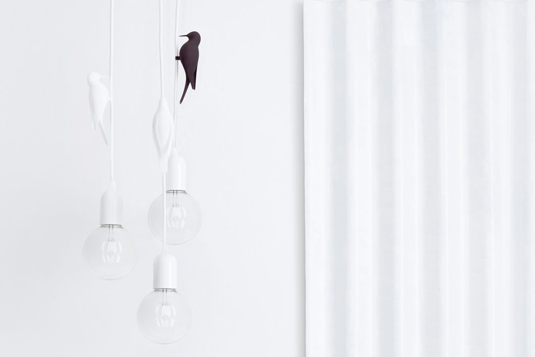 Suspension oiseau designé par Studio Macura