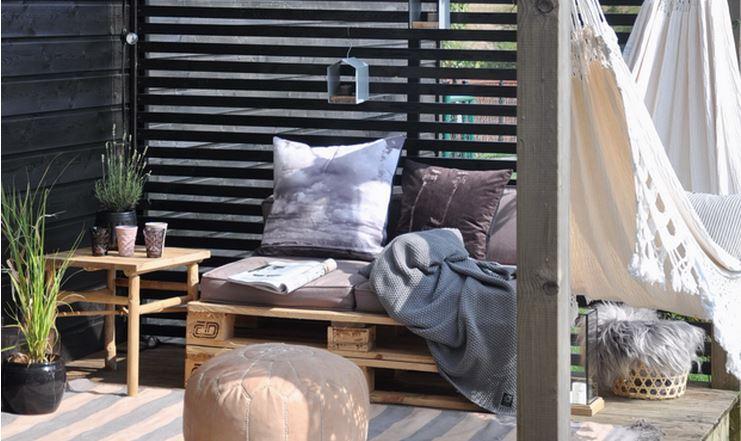 Une terrasse pour farnient aventure d co for Deco pour terrasse