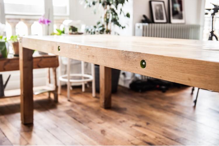 Table en bois fait par un artisan de chez hopfab